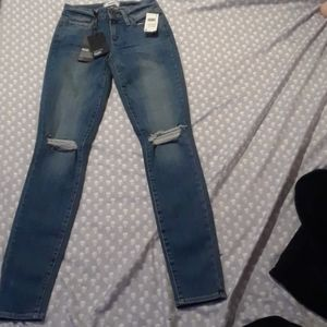 PAIGE JEANS SIZE 24 NWT